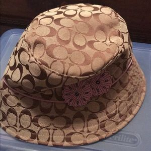 Coach bucket hat. NEW!!!